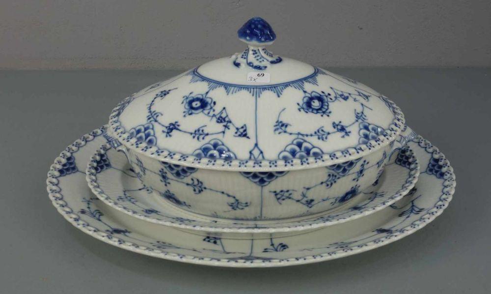 DECKELTERRINE UND 2 PLATTEN UNTERSCHIEDLICHER GRÖSSE / terrine and two plates / dishes,