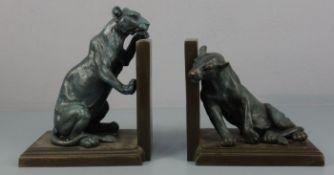 "nach GODCHAUX, ROGER (Vendôme 1887-1958 Paris), Paar figürliche Buchstützen: ""Panther"", Bronze,"