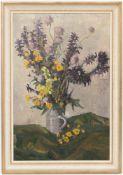 Blumenstillleben, Öl auf Platte.Gerahmt, oben rechts signiert.43 x 65 cm o.R.52,5 x 75,5 cm m.R.