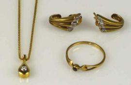 SCHMUCK-SET Kette mit Anhänger, besetzt mit kl. Diamant, Gold 14ct, L 42cm, Paar Ohrstecker in