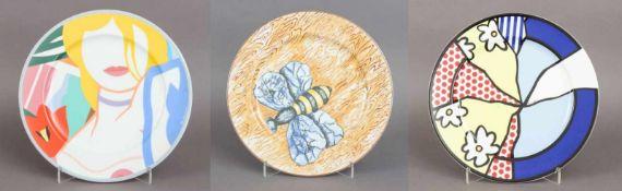 3 ROSENTHAL Künstlerteller (Platzteller)Porzellan, 1x JÖRG IMMENDORF (Bienendekor), 1x ROY LICH