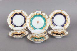 3 MEISSEN Mokka-Gedecke¨B-Form¨ mit reliefiertem Rocailledekor und Ätzgoldstaffage, 1 Gedeck mi