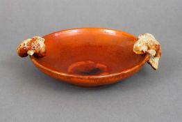 KARLSRUHER MAJOLIKA Schaleum 1920, runde, gemuldete Schale mit rotbrauner Glasur, 2 seitliche H