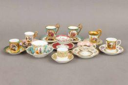 10 Mokka Sammeltassen mit Untertassenum 1920-1960, diverse Formen und Dekore, meist mit