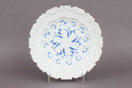 MEISSEN Prunkschaleum 1824-1850, passig geschwungene, vertiefte Form, reiches floralornamentales