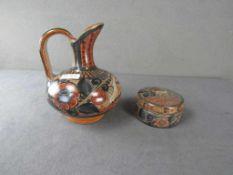 Zwei Teile handbemalte Keramik Dose leicht gechipt