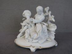 Porzellanfigur zwei Liebende leicht bestoßen Bisquitporzellan 20cm hoch