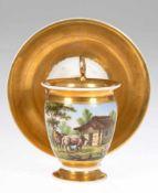 """Ansichten-Tasse, um 1860/70, reich gold staffiert, polychrom bemalt """"Schafe vor Hütte"""",Gold"""