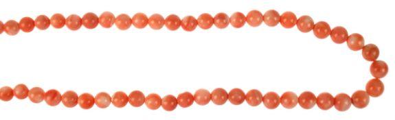 Kette, Engelshautkoralle, Verschluss 925er Silber, Perlen von 6,5-5 mm, Länge ca. 53 cmKette,
