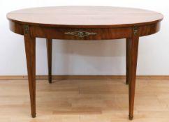 Biedermeier-Tisch, Mahagoni furniert, geblichen, Bronzeappliken, ovale ausziehbare Platteauf