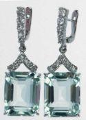 Ohrhänger, 925er Silber, rhodiniert, große Blautopase im Baguetteschliff ca. 1,8x1,5 cmund