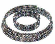 Schmuckset aus flexiblem Halsreif und Armreif, 4-reihig, mit grauen SW-Perlen von ca.4,5