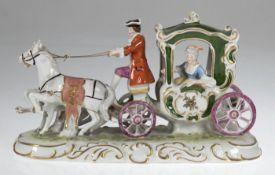 """Porzellanfigur """"Zweispännige Kutsche"""", Gräfenthal, polychrom bemalt, 15,5x27x13 cm"""