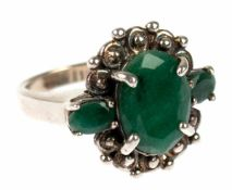 Massiver Ring, 925er Silber, Einzelstück, 1 großer, echter Smaragd, ca. 1,4x1,0 cm, und 2kleinere
