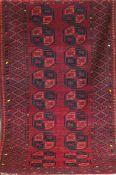 Ersari, Afghanistan, rotgrundig mit durchgehendem Muster, 2 Kanten leicht belaufen,210x110 cm