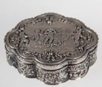 Deckeldose, deutsch, 800er Silber, punziert, ca. 100 g, ovale geschweifte Form, reicherReliefdekor