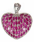 """Anhänger """"Herz"""", 925er Silber, rhodiniert, Rubine (beh.) und Zirkonia, Maße mit Öse, ca. 4,3 x 3,6"""