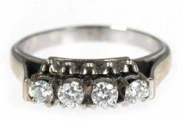 Ring, 585er WG, 4 Brillanten zus. ca. 0,75 ct., ca. vvsi- W, RG 63, Innendurchmesser 19,4 mm, Gew.