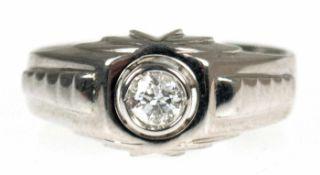 Ring, um ca.1930, 585er WG geprüft, 1 Brillant ca. 0,23 ct., RG 55, Innendurchmesser 17,5 mm, Gew.