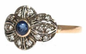 Ring, 18 k GG, Saphir 0,30 ct., Brillanten 0,20 ct. in Silberfassung, RG 57, Innendurchmesser 18,1