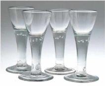 4 große Gläser, Norddeutschl. um 1800, im Stil Lauenstein, farbloses Glas, mit