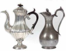Kaffeekanne und Saftkanne, um 1850, Sheffield, James Dixon & Sons, Kaffeekanne aus