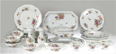 Rosenthal-Speiseservice, Classic Rose Collection Maria bunt, bestehend aus 1