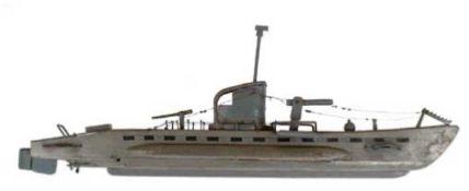 """Modellschiff """"U-Boot"""", Plaste, grau lackiert, Gebrauchspuren, L. 41 cm"""