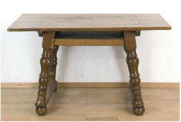 Tisch, alpenländisch, um 1800, Nussbaum und andere Hölzer, Ergänzungen, Platte und Gestell