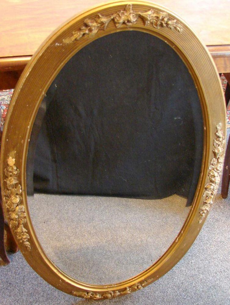 Spiegel, oval, mit Rosenornamenten, Facettenschliff, ca. 84 x 56 cm