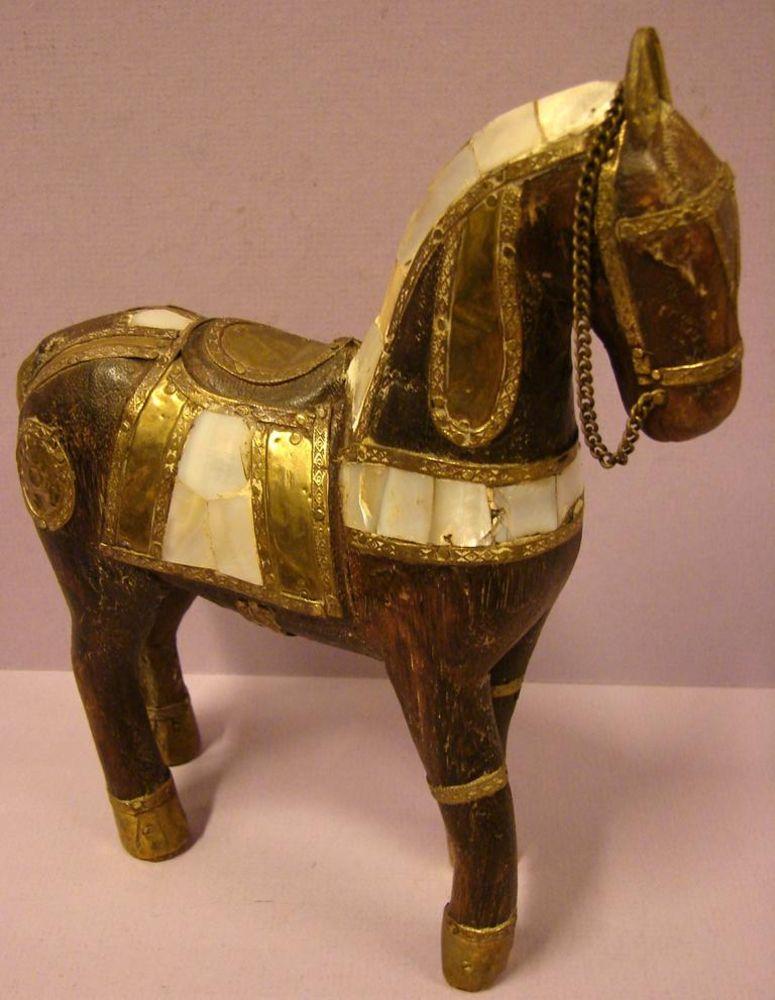 Pferd, Holz mit Perlmutteinlegearbeiten, Höhe ca. 21 cm