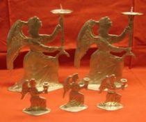 5 Kerzenständer, Engel, Zinn, verschiedene Größen, Höhe ca. 7,5 und 19 cm