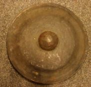 Gong, wohl Indonesien, wohl Bronze, Dm. Ca. 40 cm