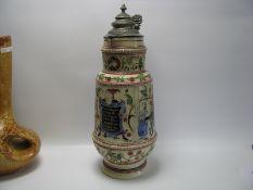 Relief-Bierkrug, 19. Jahrhundert, Zwergen-Design und Trinkspruch, Zinndeckel (rest.), h 39 cm, d