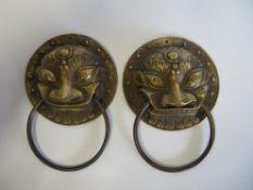 2 Türklopfer, Löwenköpfe, Bronze, d 14 cm.