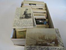 Sammlung von 587 diversen, alten Gruß- und Ansichtskarten.
