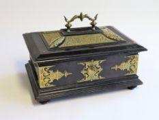 Kassette mit Schlüssel, 19. Jahrhundert, geschwärztes Holz mit reich verziertem