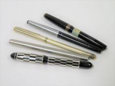 Konvolut von 3 Füllfederhaltern und 2 Kugelschreibern, u.a. Marossy, Parker und