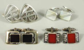 4 Paar Manschettenknöpfe, Silber, Gew.51,67g; überwiegend Silberschmiedeanfertigungen: 1* mit