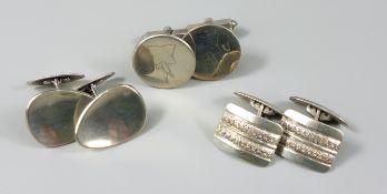 3 Paar silberne Manschettenknöpfe, Gesamt-Gew.30,63g, unterschiedliche Wertigkeiten, 1* runde Platte