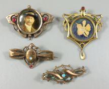 4 Broschen, Jugendstil um 1910, unterschiedlicher Steinbesatz, u.a kleine Opale, L.von 3,4 bis 3,