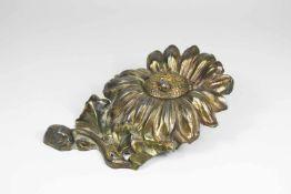 Tintenfässchen in Blumenhalter, Jugendstil, Glasfässchen, Zinnblume mit Marienkäfer gold gefasst.