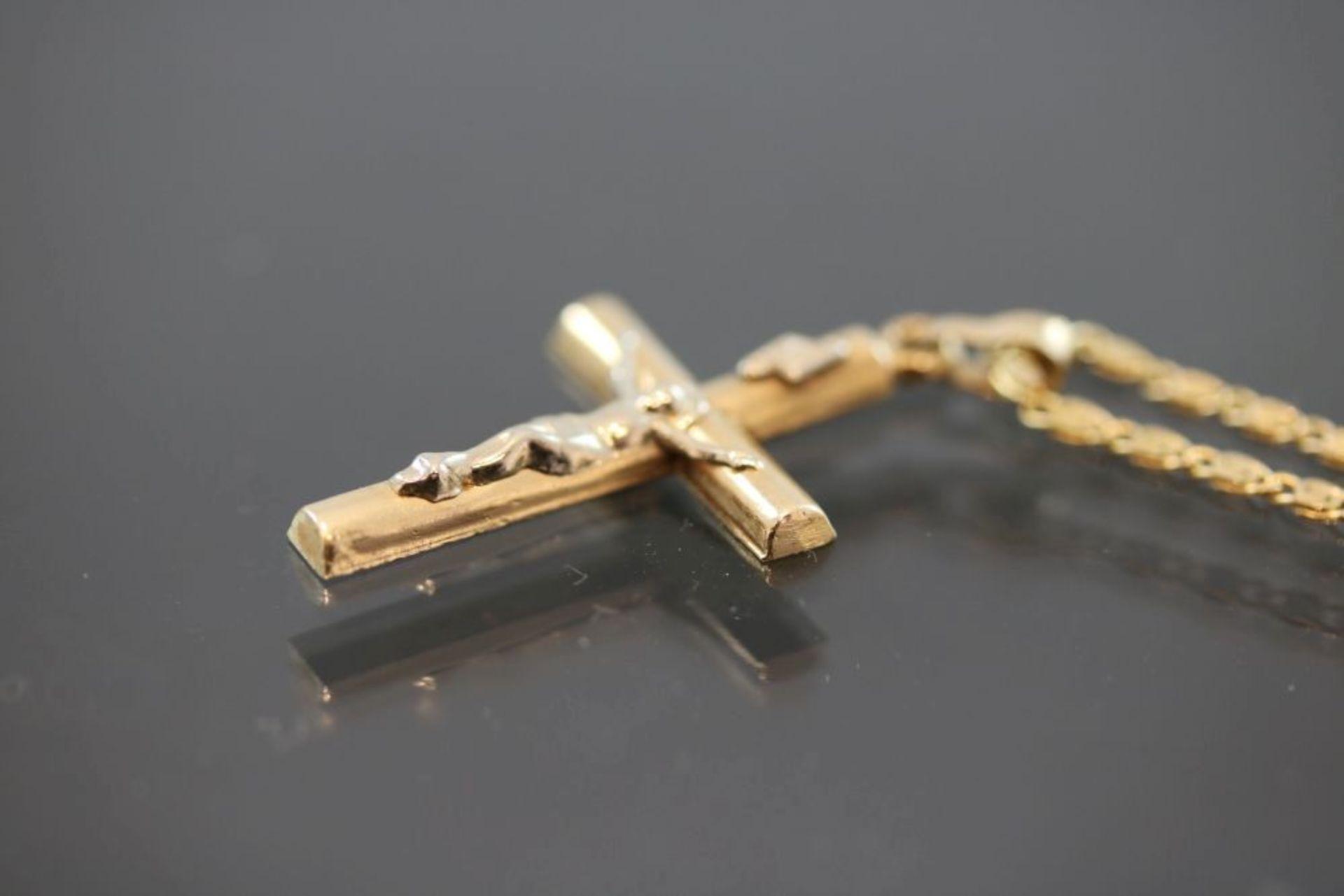 Kreuzanhänger mit Kette, 585 Gold - Bild 3 aus 3