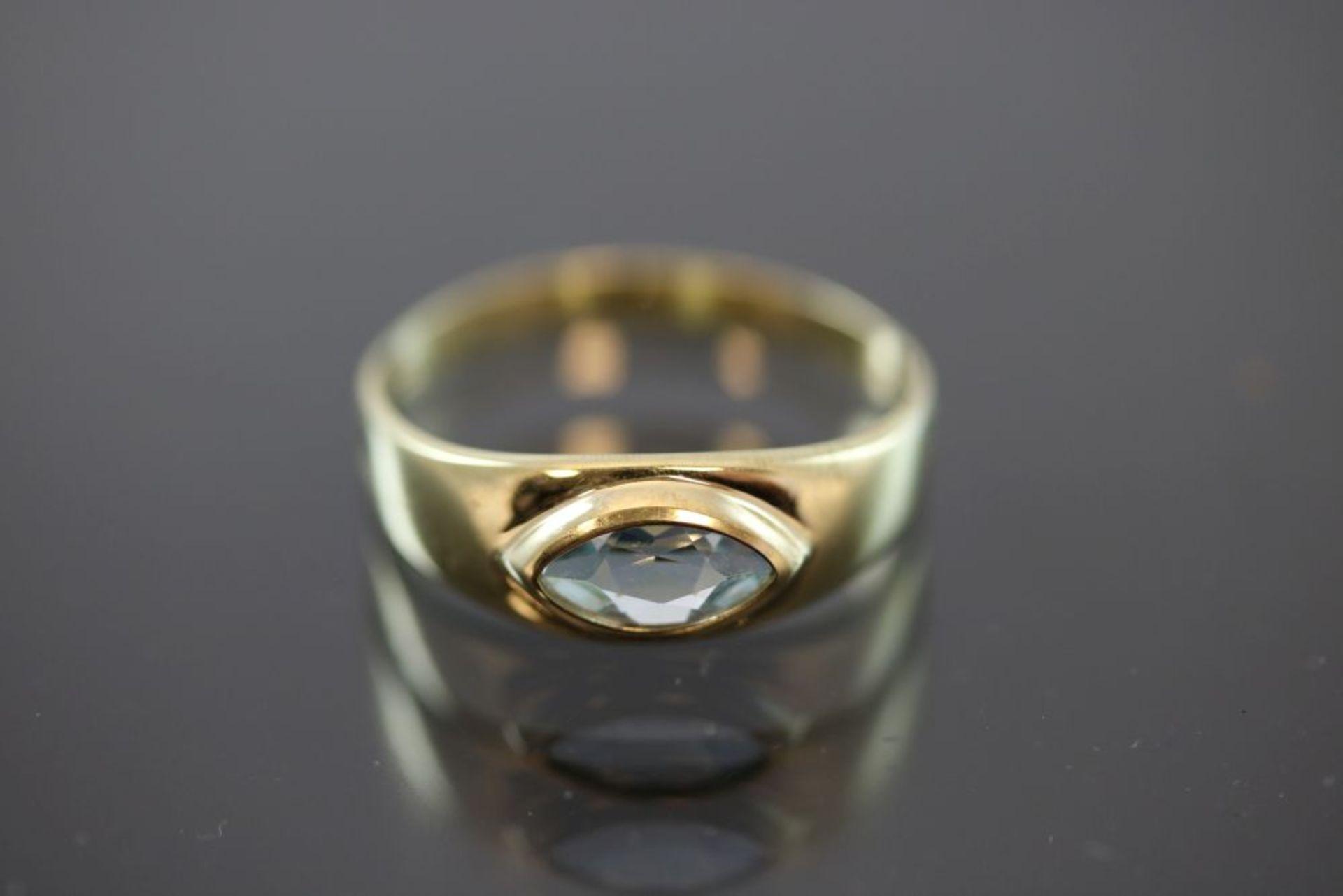Aquamarin-Ring, 333 Gelbgold
