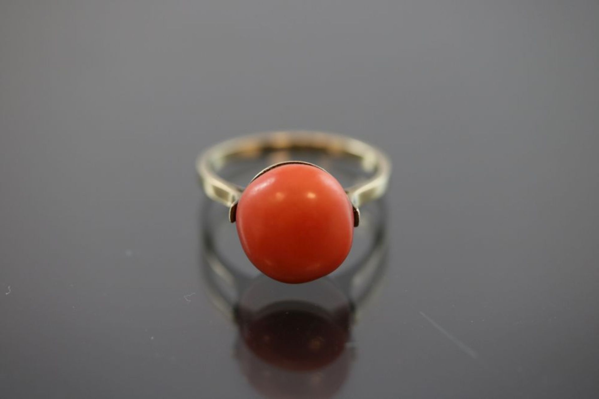 Koralle-Ring, 333 Gold