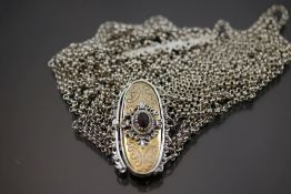 Granat-Kropfband, Silber