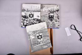 """""""Die Olympischen Spiele"""" Band 1 u. 2 v. 1936, 1. Band v. 1932, herausg.v. Cigarettenbilderdienst"""