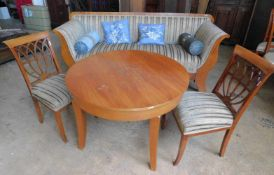 Biedermeier-Set Tisch, 2 Stühle, Sofa, Kirsche um 1820