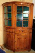 Eckschrank, Tönnchen, Biedermeier Kirsche um 1820, unten geschlossen, 2 Schubladen, oben