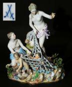 "Große Figurengruppe ""Der Tritonenfang"". MEISSEN um 1860, 1. Wahl. Modell von Johann Joachim<br"